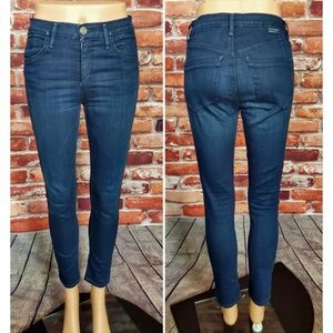EUC Goldsign High Rise Skinny Jeans Size 24